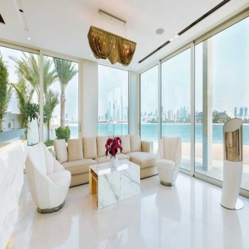 Luxury Living, Home to Dubai