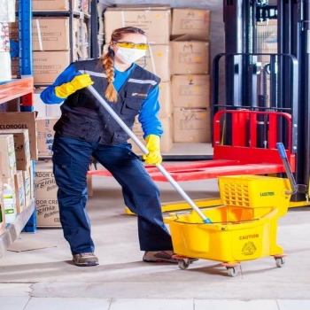 How to Start a Cleaning Business: Right Equipment and Cleaning Products