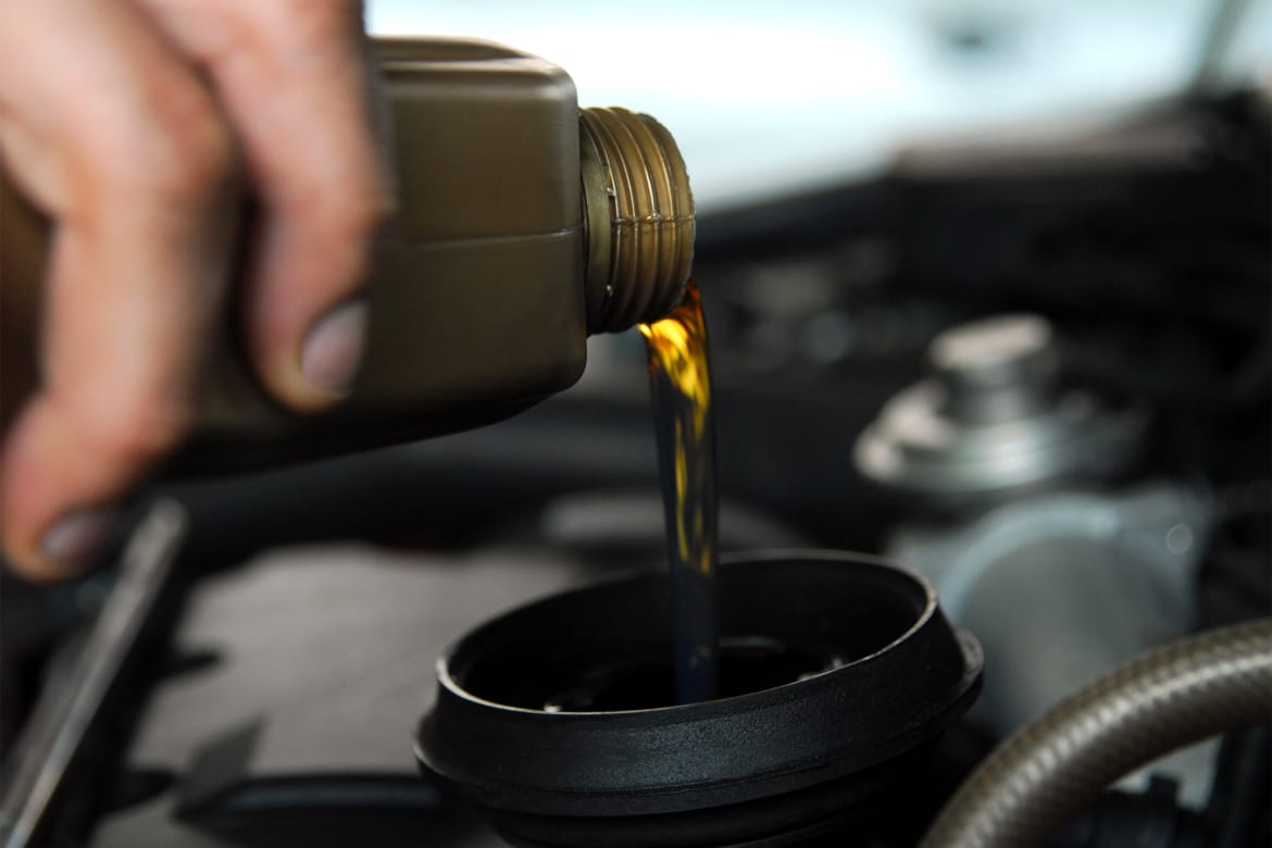 Why Industrial Lubricants Differs from Automotive Lubricants?