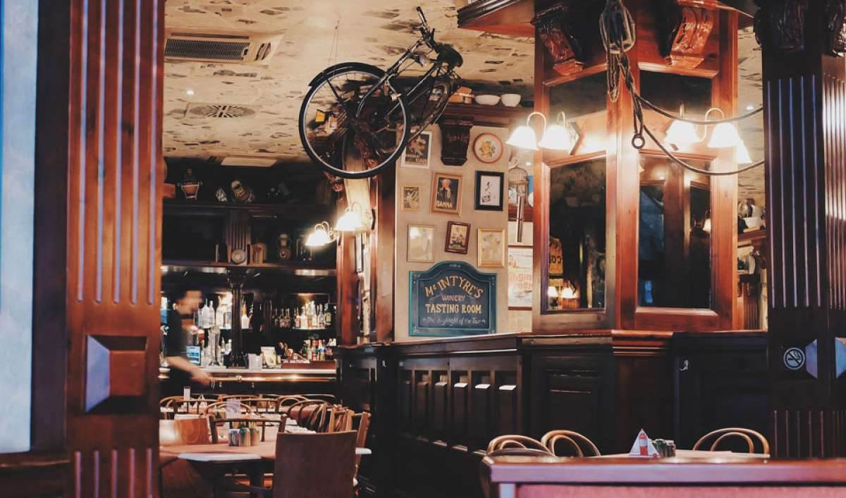 How to Brand Your Restaurant to Attract Diners