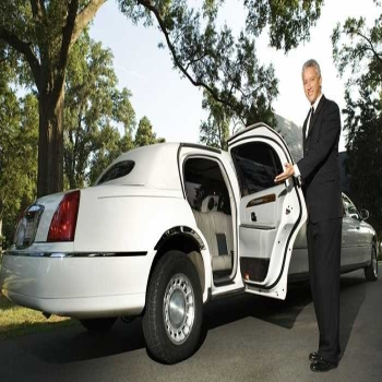 Should I Take The Limo Rental Services? Here Is the Complete Guide