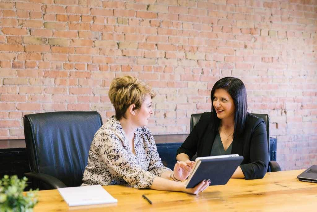 How to Improve Communication With Colleagues