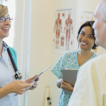 How to Choose a Geriatric Doctor for Health Treatment