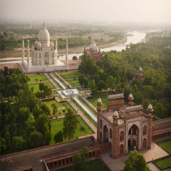 Things to Do On the Golden Triangle Tour