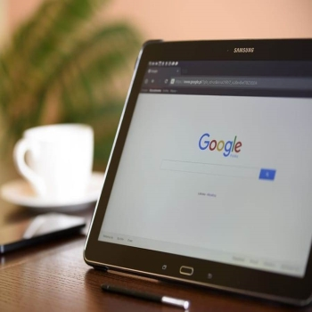 "Google's ""10 things"" Philosophy and the Connection with SEO"