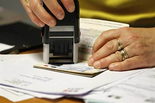 H1B visa: 37% drop for 7 Indian firms in 2016