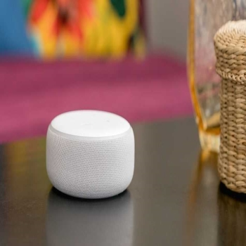 Echo Plus - The Smart Speaker For New Generation