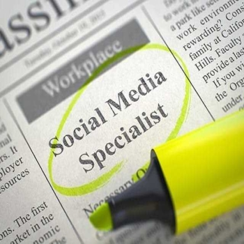 6 Reasons why you should hire social media professional for your brand
