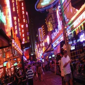 Khao San Road in Bangkok – What is it all about?