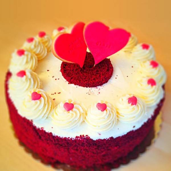 6 Best Valentines Day Cakes to Bring Romance in Life