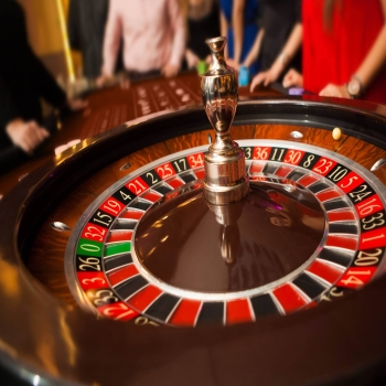 Have Thrilling Experience Of Playing Casino Online