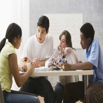 Importance of extracurricular activities in schools and colleges
