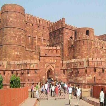 Taxi Hire for Delhi to Agra- Malachi Tours