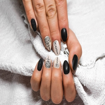 A BEGINNER GUIDE FOR MANICURE