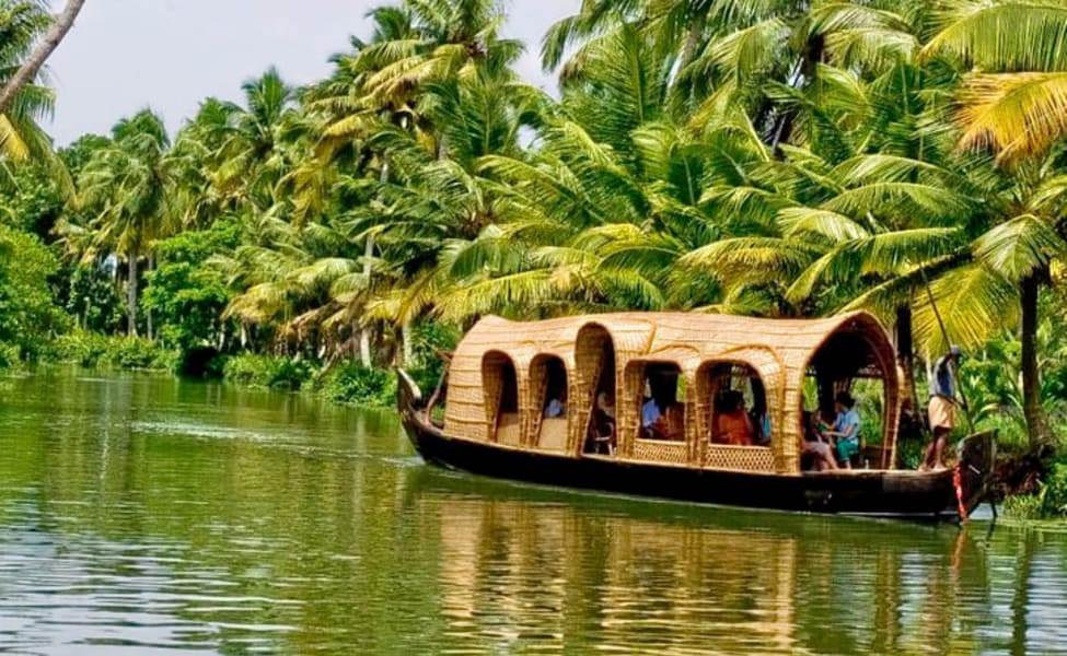 Best Romantic Honeymoon Places in South India