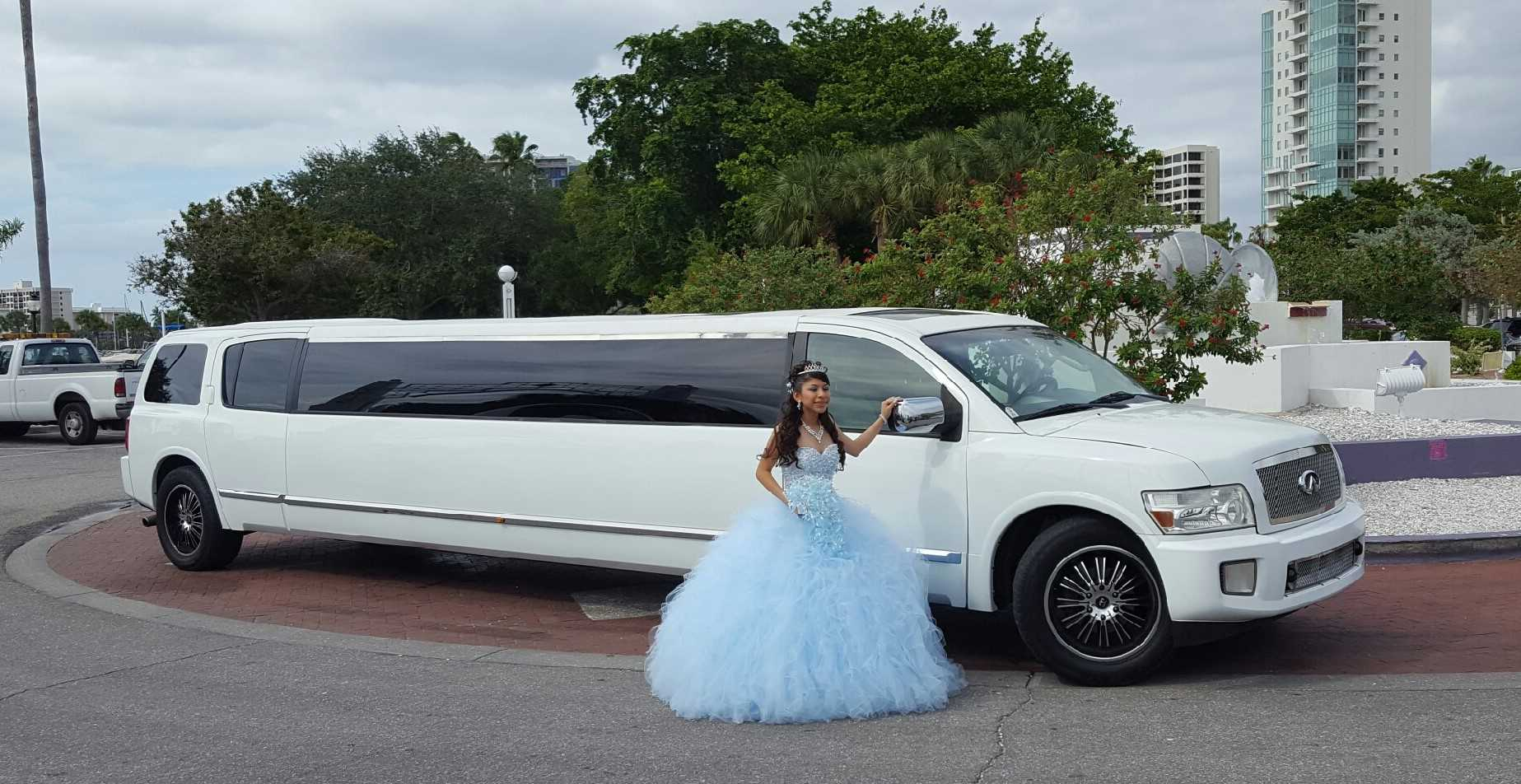 Is It Easy To Book Vehicles Like A Limo In Boston Or Any Other Country?