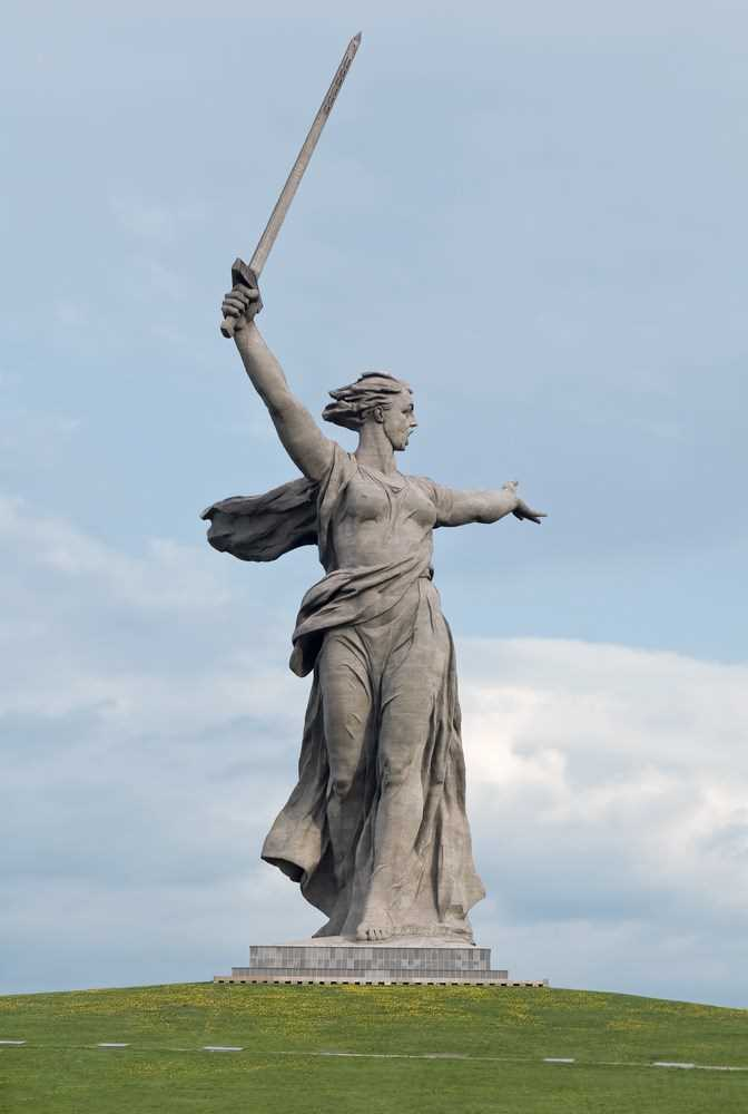 5 Most Unique Statues In The World