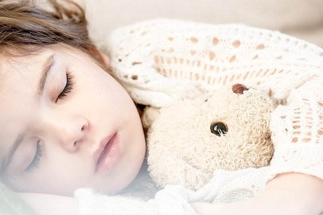 Bedtime Story Benefits | Start this bedtime routine with your little one