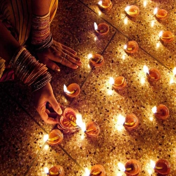 How is India Getting Ready for Diwali Celebration?