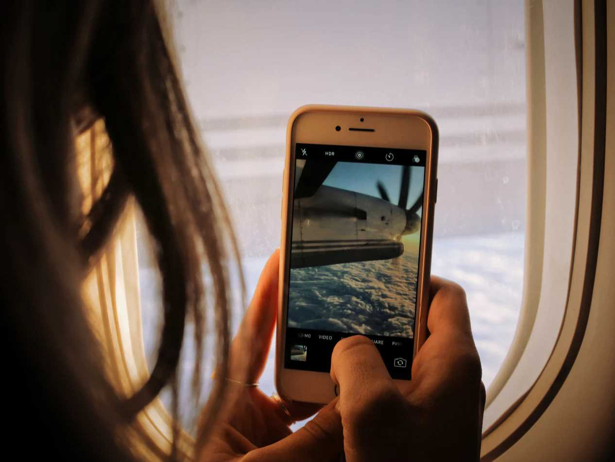 Why Your Mobile Device is the Best Travel Gadget to Pack?
