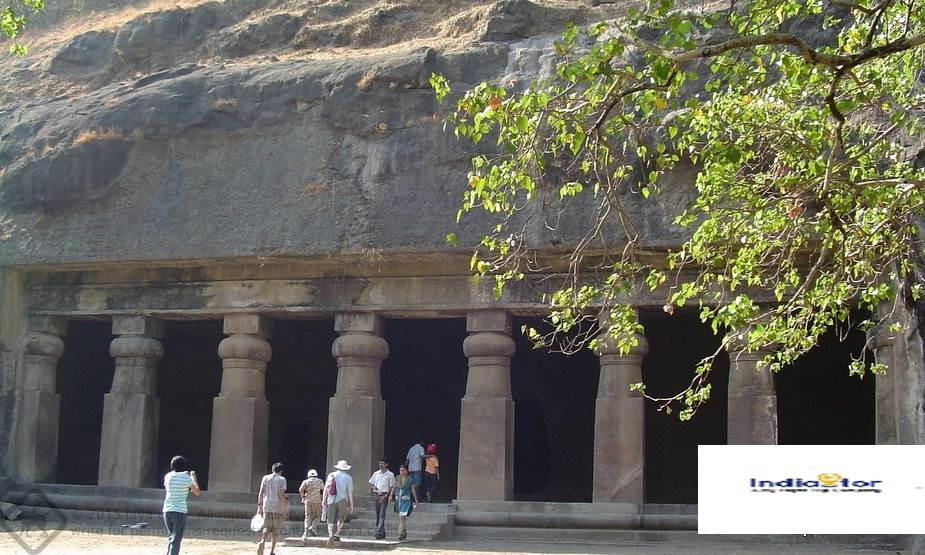 Which is the best way to reach Elephanta Caves in Mumbai?